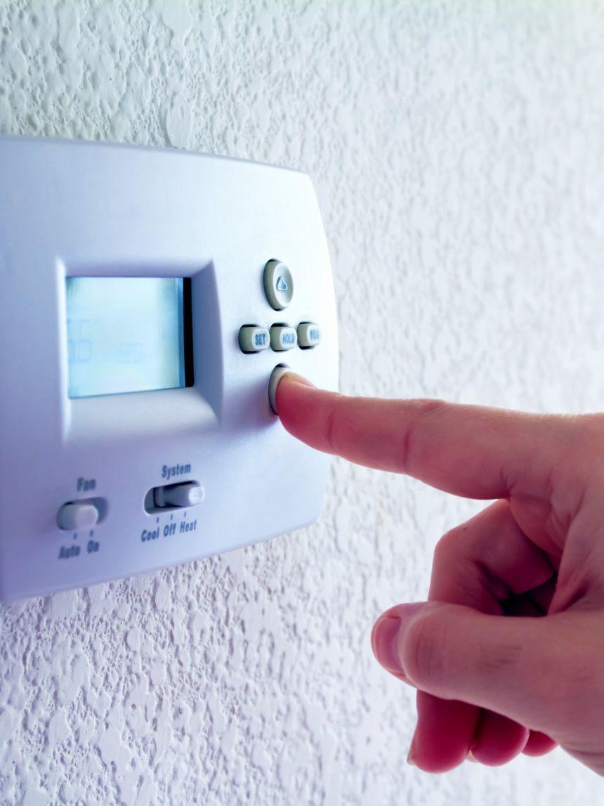 Termostaty a regulace topení